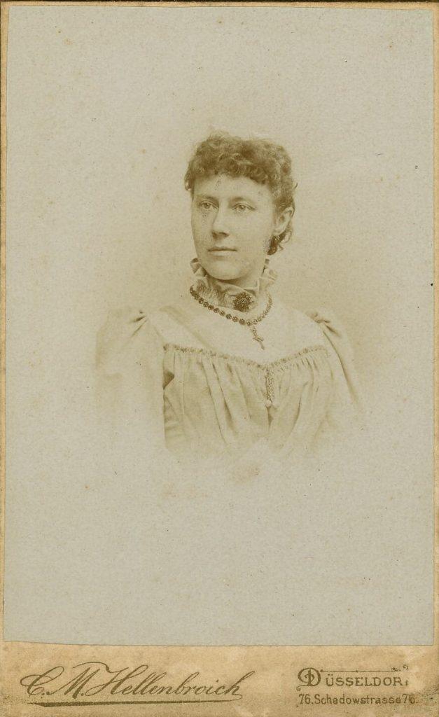 C. M. Hellenbroich - Düsseldorf