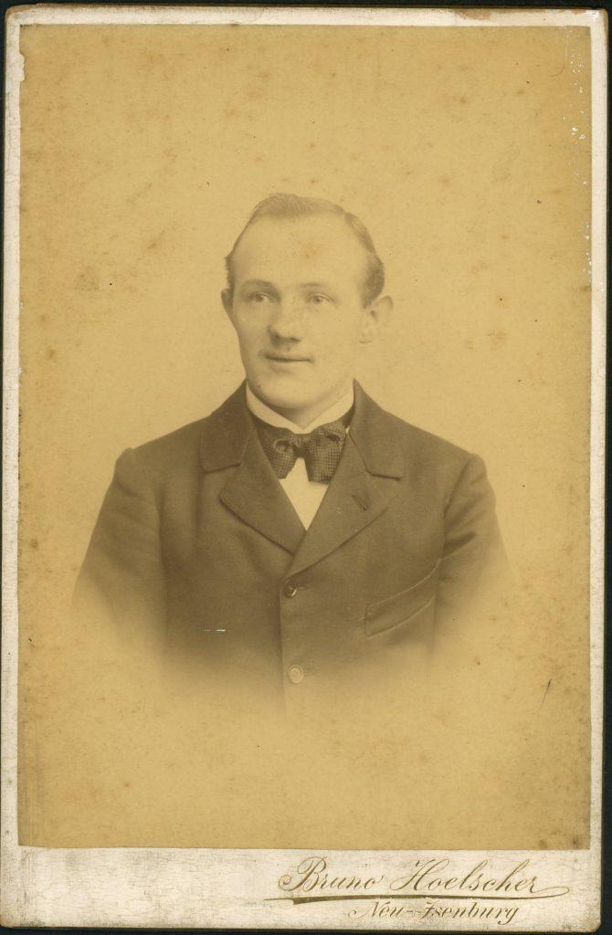 Bruno Hoelscher - Neu-Isenburg
